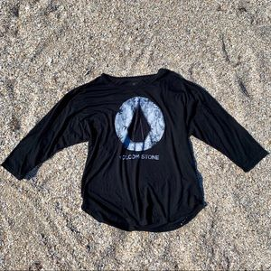 🌺 Oversized 3/4 Sleeve Black Volcom T Shirt 🌺